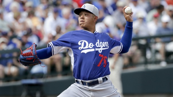 la-sp-dn-dodgers-julio-urias-reassigned-20150314